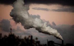 Read more about the article Σε επίπεδα ρεκόρ οι εκπομπές CO2 παρά την πανδημία
